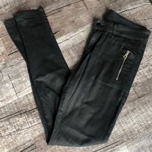 Joes jeans lacquered size 28 mid rise jean.